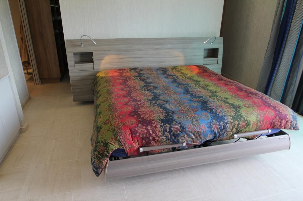 Mobilier sur mesure lynium metz chambre for Mobilier chambre a coucher