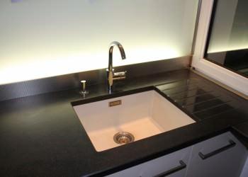 lynium conception de cuisines haut de gamme sur mesure metz nancy thionville luxembourg. Black Bedroom Furniture Sets. Home Design Ideas